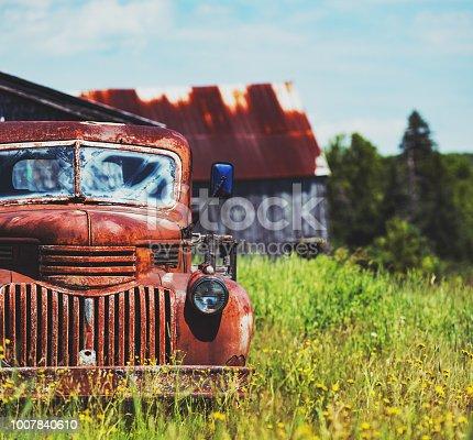 istock Rusted Farm Truck 1007840610