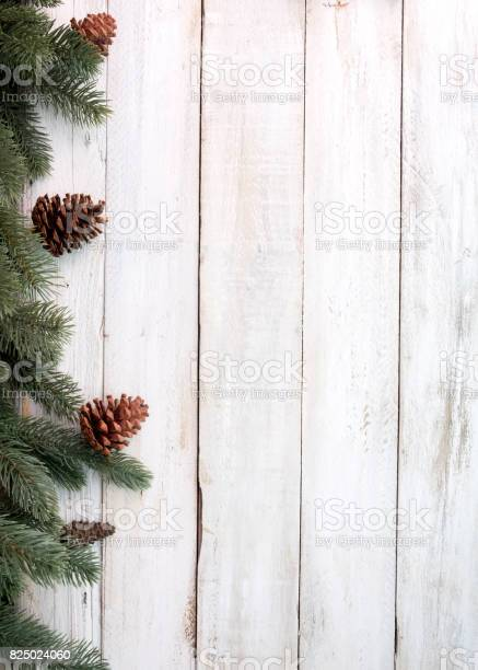 Rustic christmas background picture id825024060?b=1&k=6&m=825024060&s=612x612&h=6e4ywtswu2swbpddhpuxsgypyfr7brfbx7uud6pyoi4=