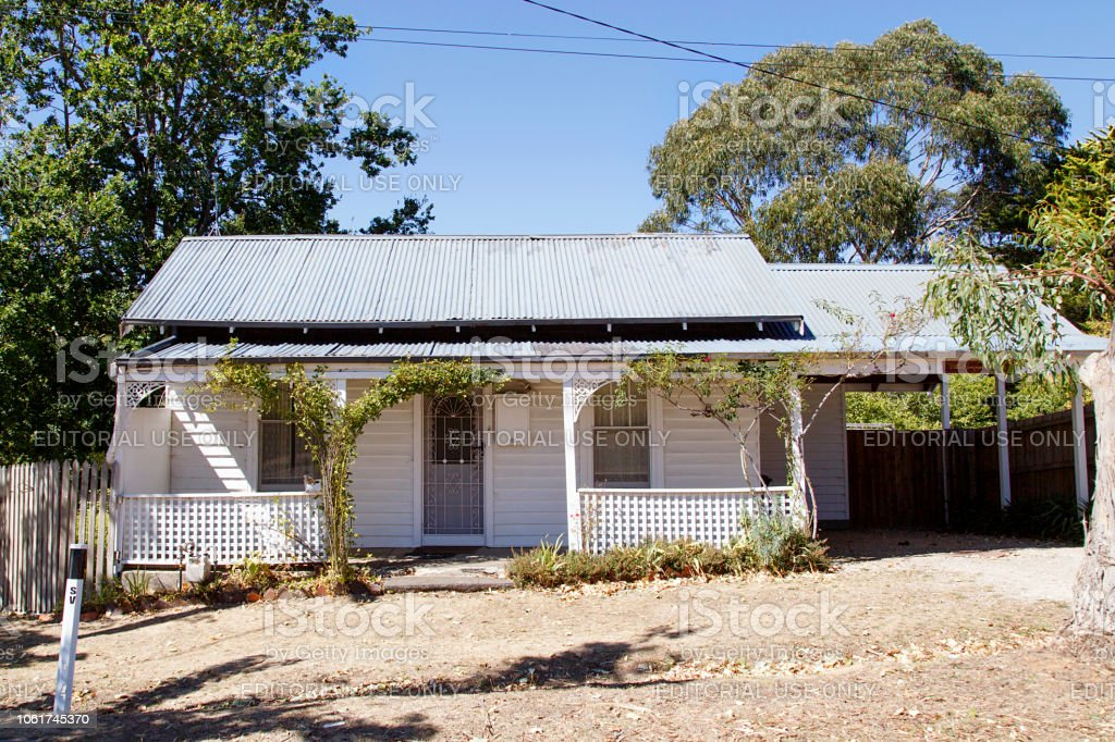 Rustic double fronted bungalow in Victoria State - Australia stock photo