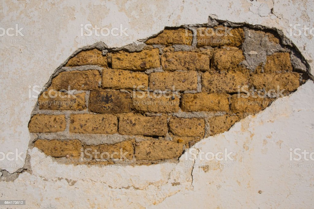 Rustic facade with ancient clay bricks photo libre de droits