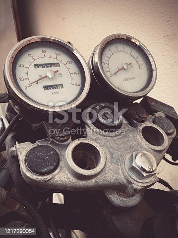 Motorbike, Retro, Abandon - Close up image of a motorcycle speedometer