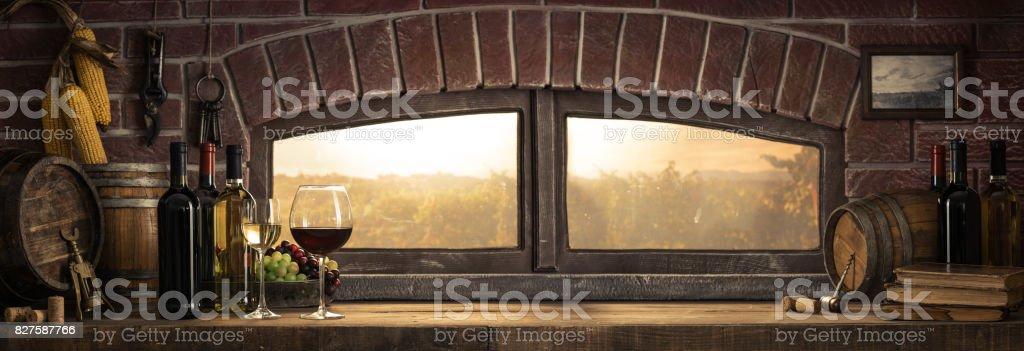 Urigen Weinkeller auf dem Lande – Foto