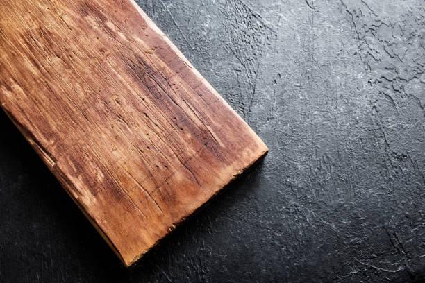 rustic wooden cutting board - meat texture imagens e fotografias de stock