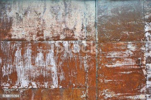 istock Rusty metal background 626623264
