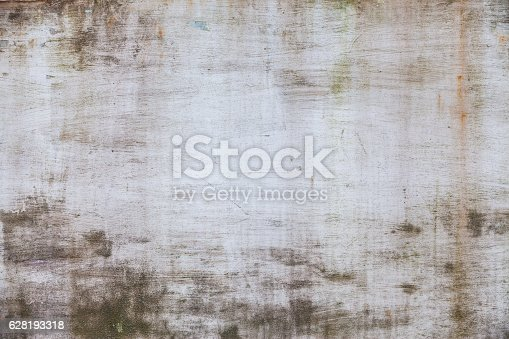 istock Rusty metal wall background 628193318