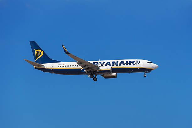 Ryanair Boeing 737  - Photo