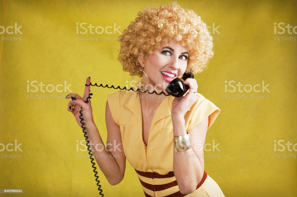 70's Woman Talking On Telephone – Foto