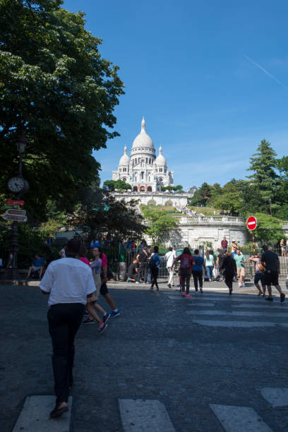 sacré-cœur, paris - jesus and heart zdjęcia i obrazy z banku zdjęć