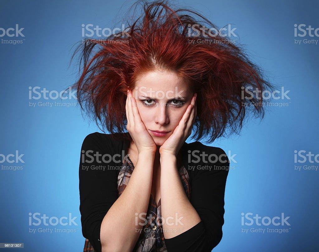 슬프다 여자아이, 레스토랑과 머리 royalty-free 스톡 사진