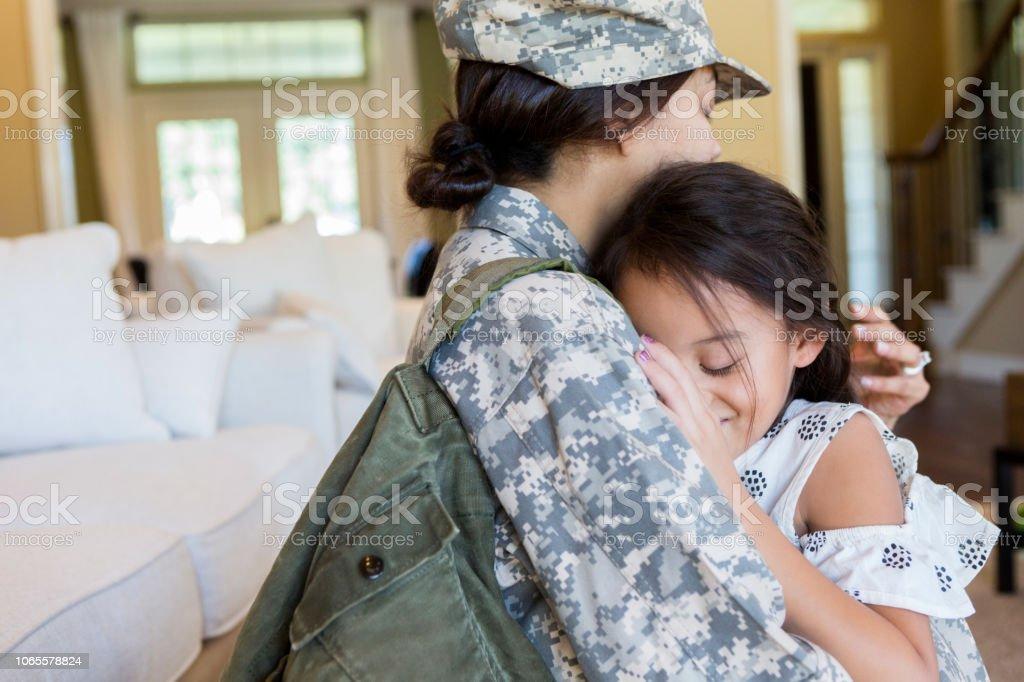 militaire jeune fille nue d abo nu