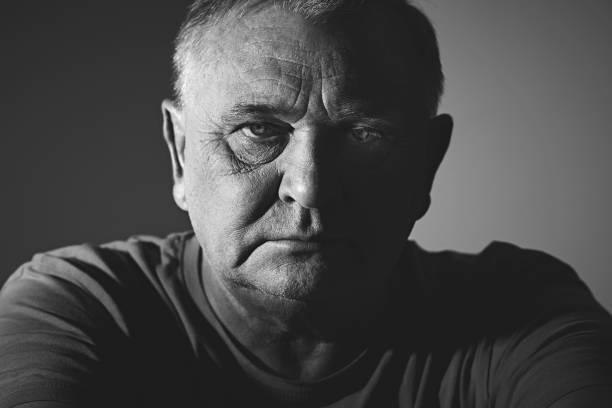 Trauriger Mann Kopfschuss – Foto