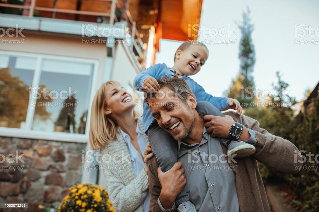 Sicher und glücklich Lizenzfreies stock-foto