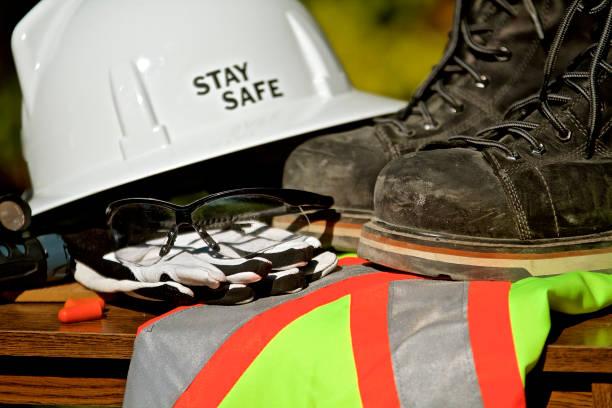 safety-utrustning för personligt skydd - arbetssäkerhet bildbanksfoton och bilder