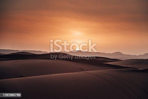 sahara desert at dusk