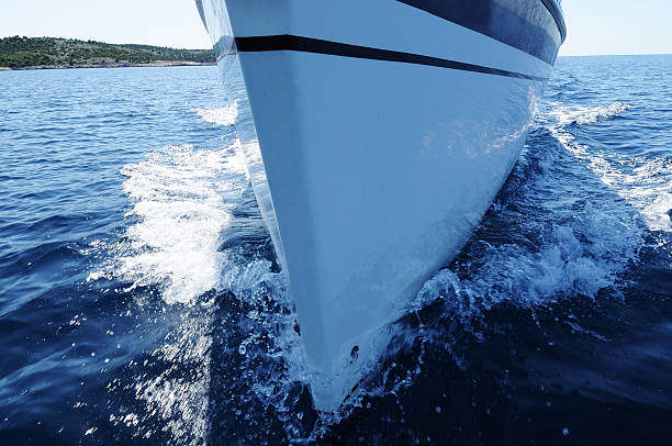 sailboat front view - hull stock pictures, royalty-free photos & images