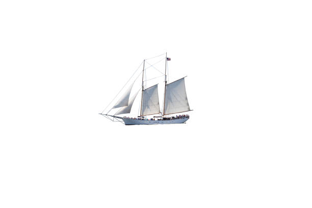 Segelboot (Tall Ship) voller Touristen Isolated on White. – Foto
