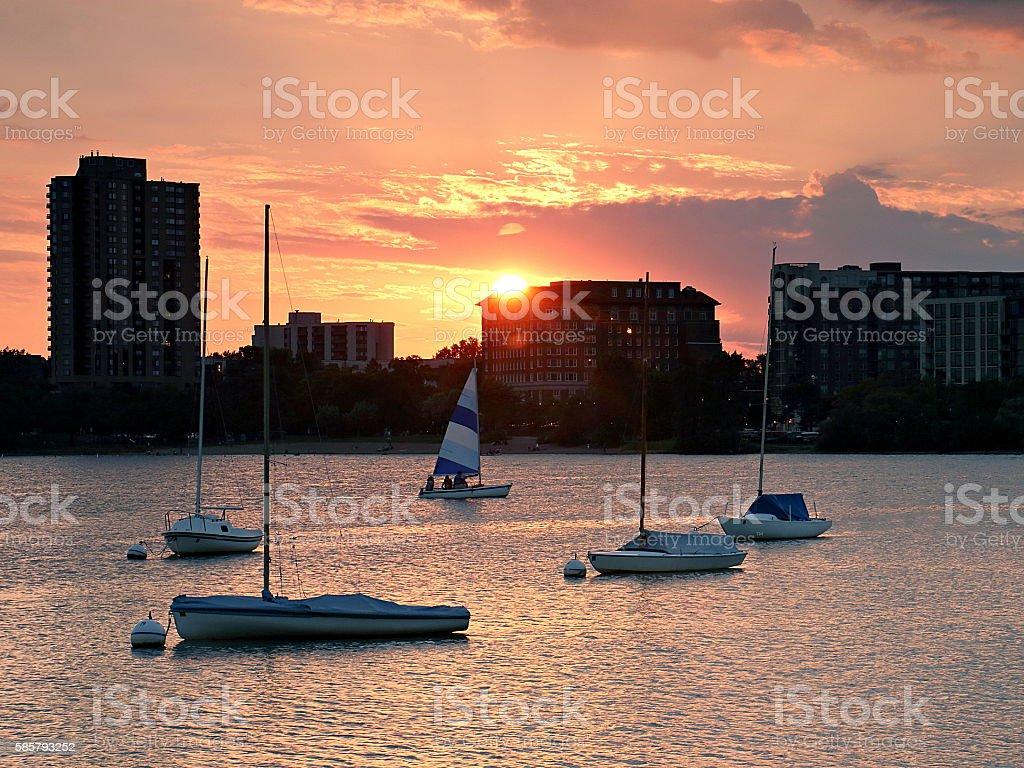 Sailboat Sunset over Lake Calhoun – Foto