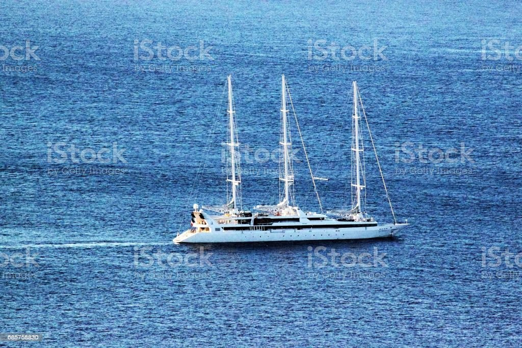 Sailing boat outside Sicily foto stock royalty-free