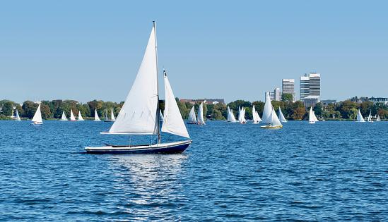 Sailing boats on the Aussenalster Hamburg