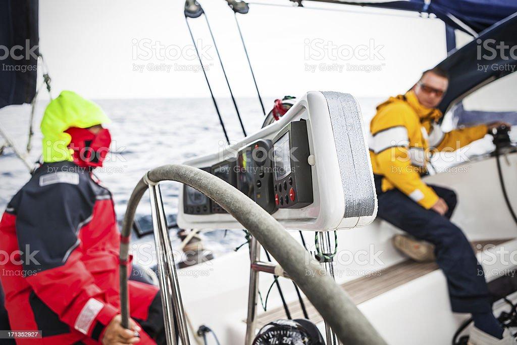 Segeln crew auf Segelboot – Foto