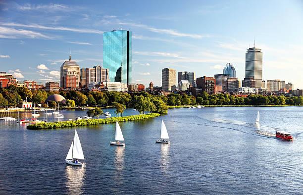 sailing in boston - massachusetts stockfoto's en -beelden