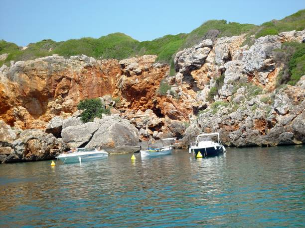 Navegando en Menorca - foto de stock