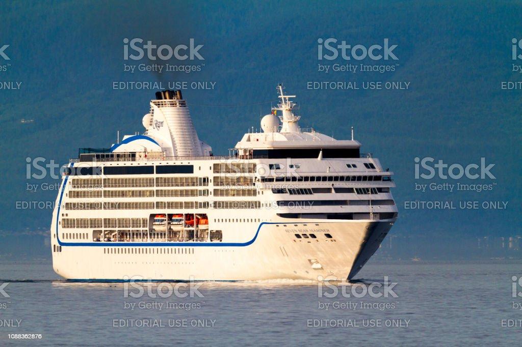 Navegando con crucero - Victoria. - foto de stock