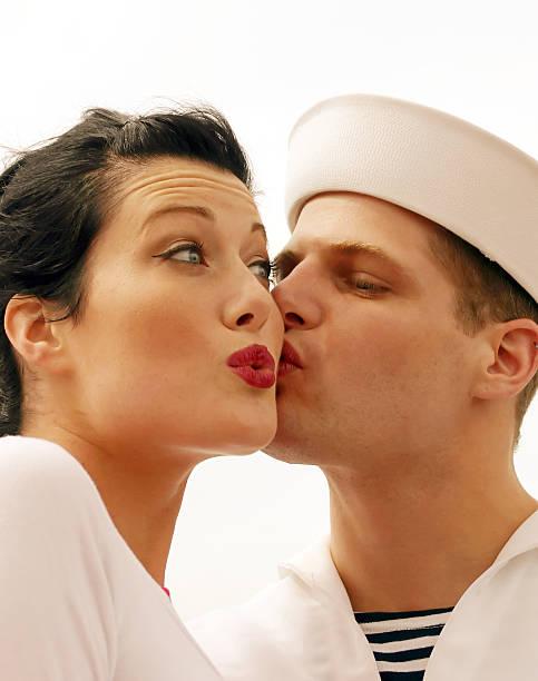 sailor kiss-coy - matrosin kostüm stock-fotos und bilder