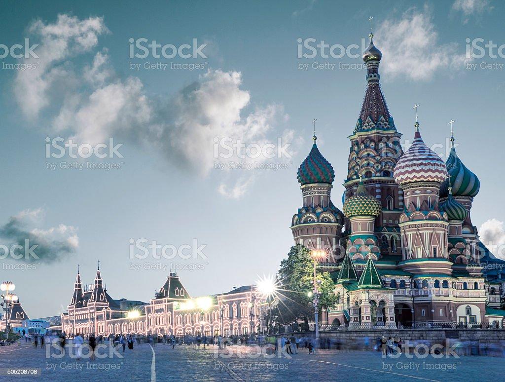 Heilige Basilikum-Kathedrale auf dem Roten Platz in Moskau, Russland - Lizenzfrei Abenddämmerung Stock-Foto