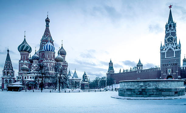 saint basil's cathedral on red square in moscow - russia stock pictures, royalty-free photos & images