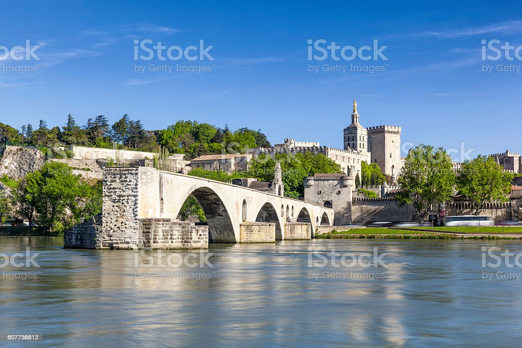 Saint Benezet bridge and Palace of the Popes – Foto
