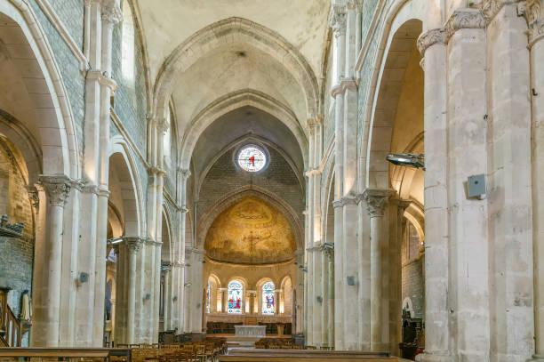 Saint Lazare Church, Avallon, Frankreich – Foto