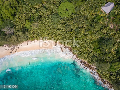 1055009962 istock photo Saint Lucia caribbean, couple on vacation at the tropical Island of St Lucia , men and woman on advenure trip 1214921054