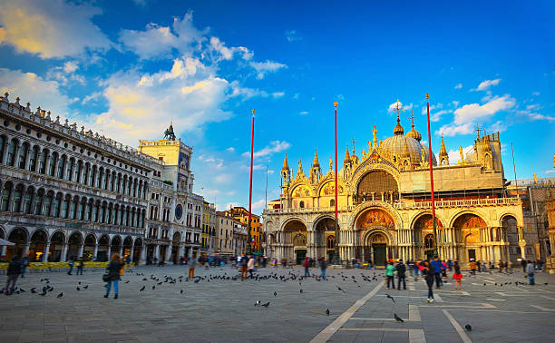 Saint Mark's Basilica Saint Mark's Basilica at sunset, Venice, Italy basilica stock pictures, royalty-free photos & images