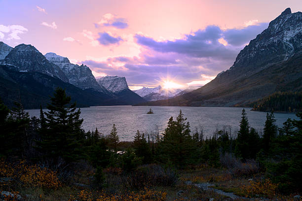 saint mary lake, glacier national park - st. mary lake stock pictures, royalty-free photos & images