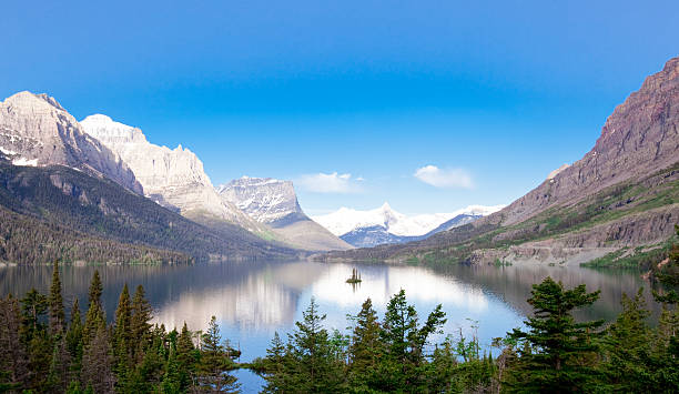 saint mary's lake - st. mary lake stock pictures, royalty-free photos & images