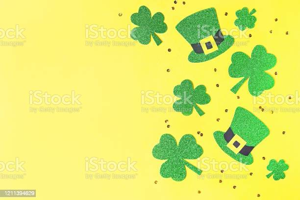 Saint patricks day holiday card with green shamrock symbols hat st picture id1211394629?b=1&k=6&m=1211394629&s=612x612&h=yk nwouohzs17q4wme5ps8zkfreanugkyv59aebx7fs=
