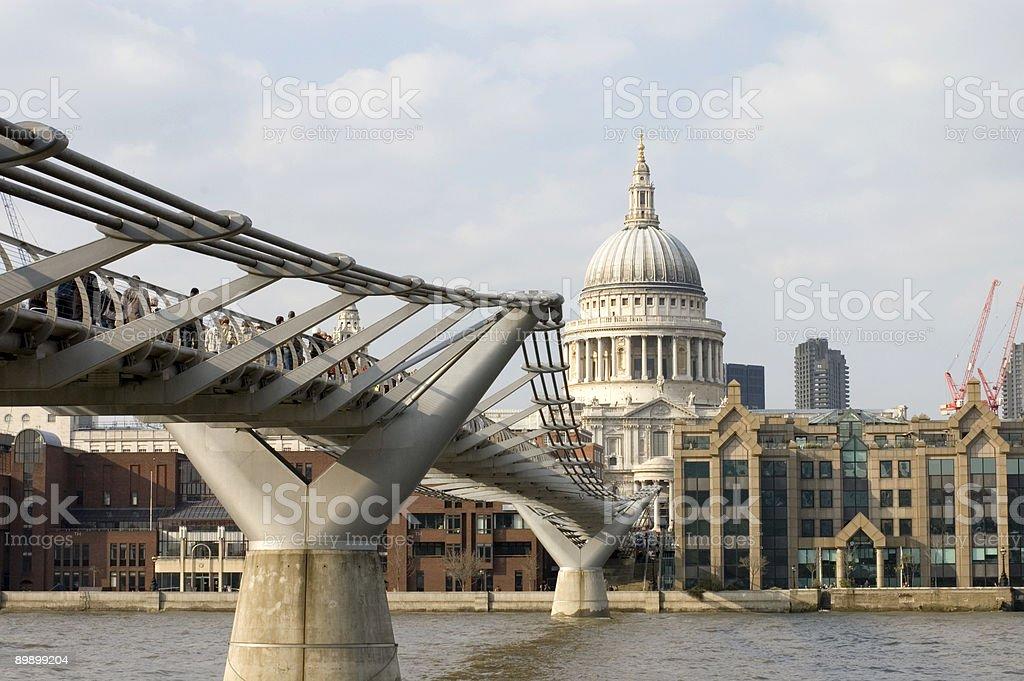s Собор Святого Павла, Мост Millenium Стоковые фото Стоковая фотография