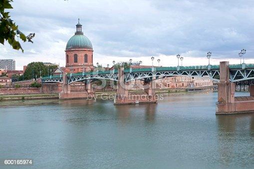 Saint Pierre bridge and La Grave dome in Toulouse