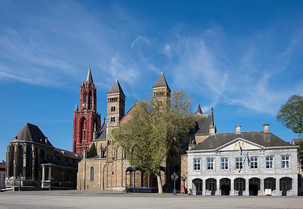 saint servatius basilica, saint john's church at vrijthof in maastriht - maastricht stockfoto's en -beelden