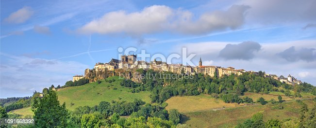 istock Saint-flour town 1091668392