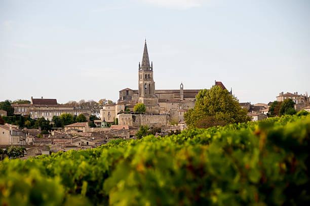 Saint-Émilion  bordeaux stock pictures, royalty-free photos & images