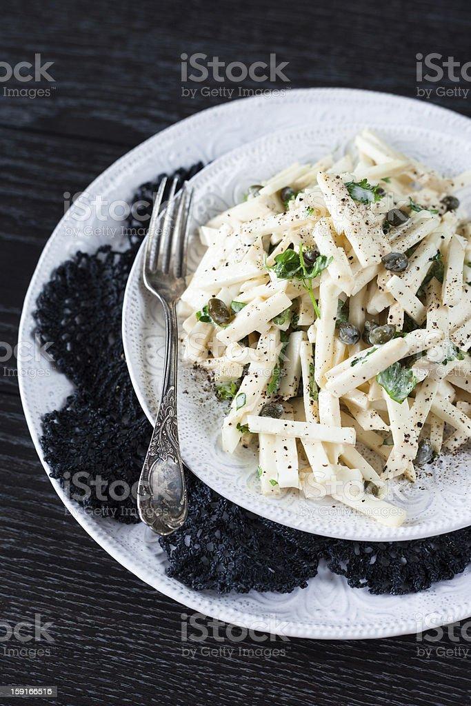 Salat Mit Selleriewurzel Kapern Und Hausgemachter Mayonnaise