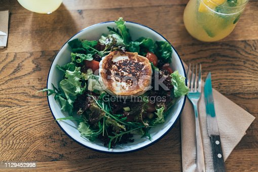 Salad with roasted goat cheese
