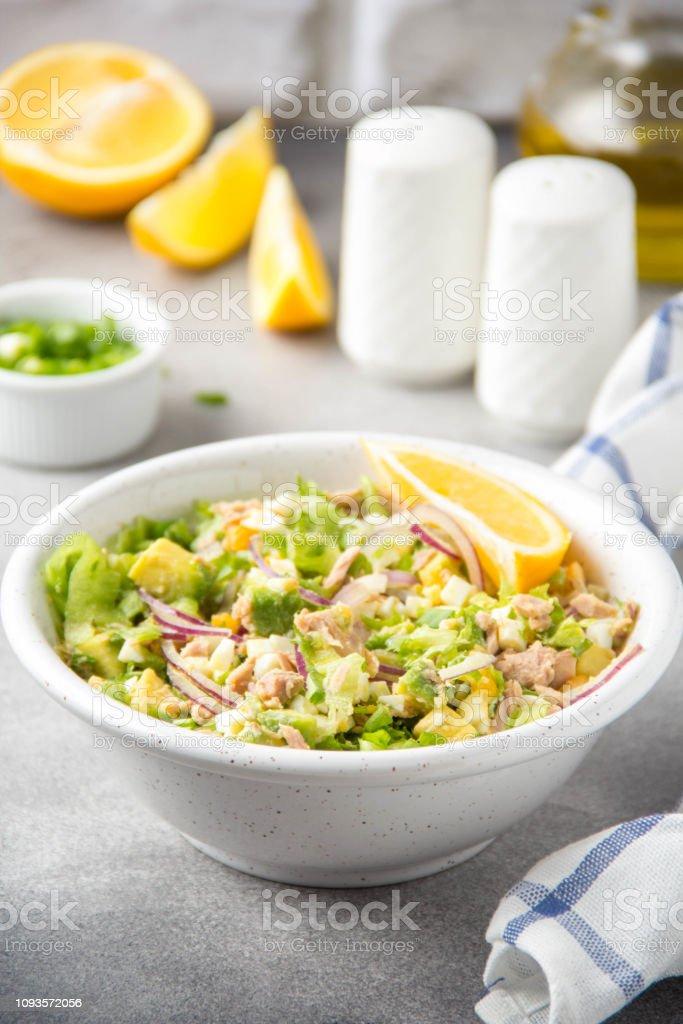 almuerzo saludable atún