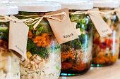 サラダに Jars