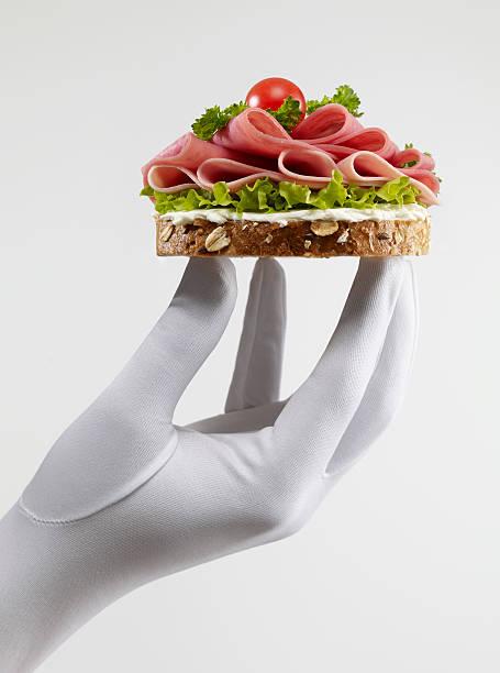 salami-sandwich - käse wurst salat stock-fotos und bilder