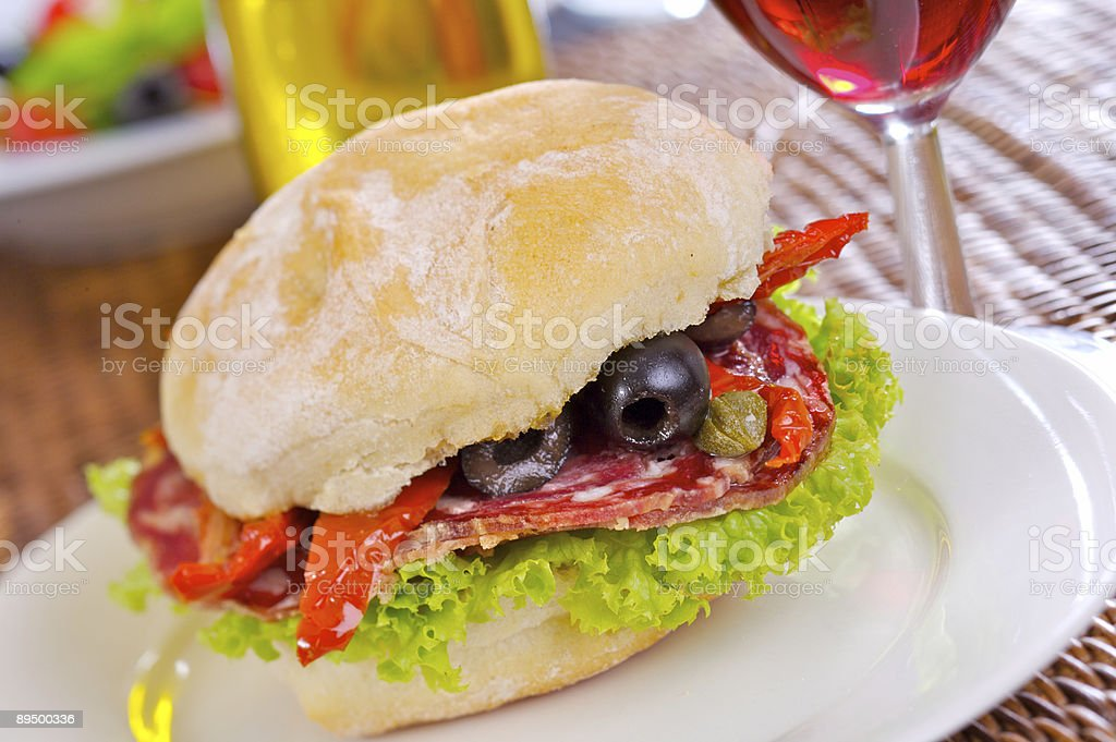Salami sandwich photo libre de droits