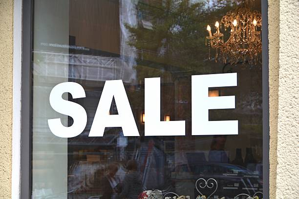 Sale window of a shop salé morocco stock pictures, royalty-free photos & images