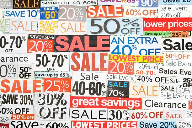 sale-beschilderung, tageszeitung und flyers clippings-i - matheblatt etiketten stock-fotos und bilder